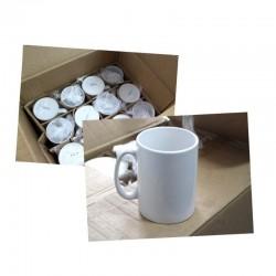 Taza blanca de cerámica